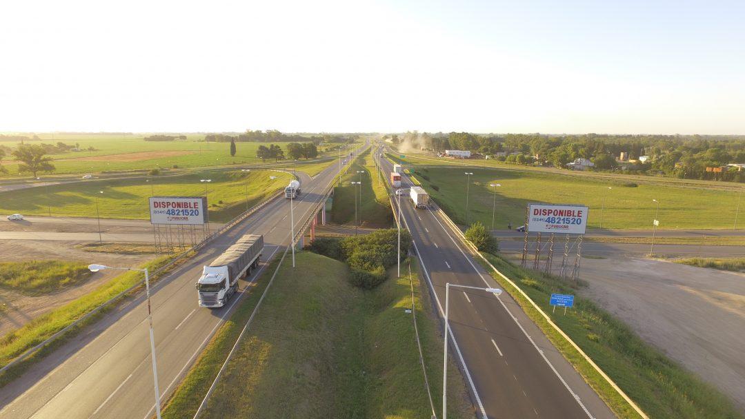 Torres Autopista Bs As – Rosario – Altura San Nicolas