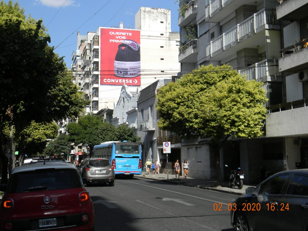 Medianera Av. Cordoba 2421